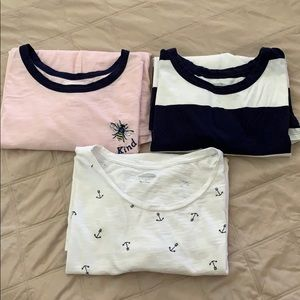 **Set of 3 gently worn Old Navy t-shirts